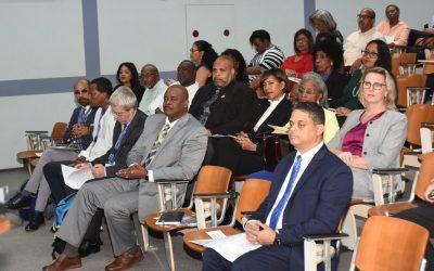 Eksitoso seminario riba Diálogo Sosial den kuadro di selebrashon di désimo aniversario di e Ordenansa GOA